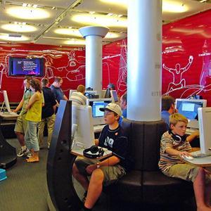 Интернет-кафе Борского